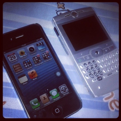 iPhone 4 CDMA PanDe Baik